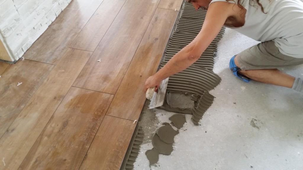 Piastrelle Effetto Legno Posa : Posa pavimenti e rivestimenti mestre treviso