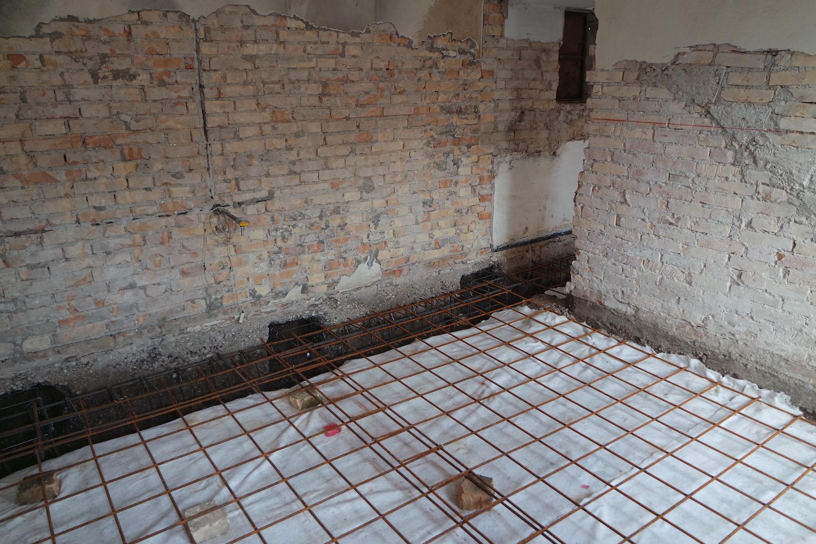Consolidamento fondamenta ristrutturazione edilizia top team costruzioni - Rifacimento bagno manutenzione ordinaria o straordinaria ...