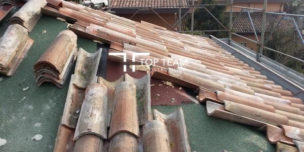 tetto in fase di lavorazione